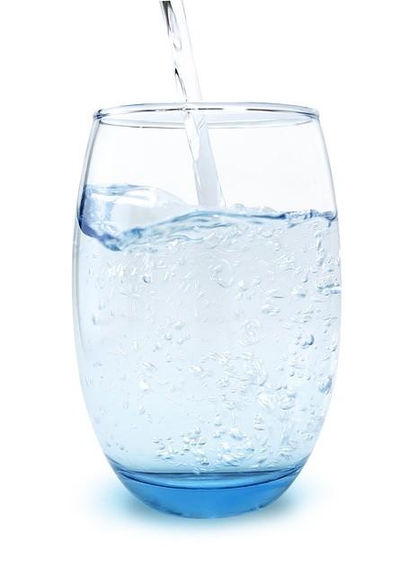 Szklanka wody RED-OX.